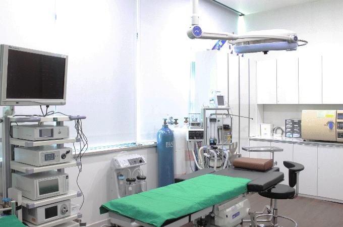안창욱외과 수술실